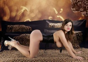 Nourah speed dating in Happy Valley & independent escort